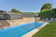 Villa en Puigderrós  - Villa Ocells - con piscina privada