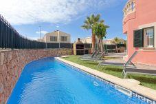 Chalet en Puigderrós  - Villa Falzia - con piscina privada