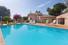 Villa en Palma de Mallorca - Es Garrover - con piscina privada